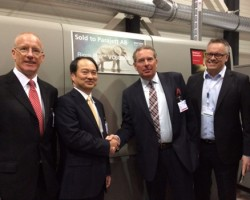 L – R Peter Williams - Executive Vice President, Production Printing Business Group, Ricoh Europe Yasuhiko Hosoe - Corporate Associate Vice President, General Manager Business Strategy Centre, Production Printing Business Division, Ricoh Company Ltd Anders Persson, CEO, Parajett Tommy Segelberg, Director Nordic Operations, Production Print Business Group, Ricoh Europe
