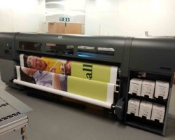 Display Signs installed an HP Scitex FB700 Printer to offer a broader range of substrates and applications
